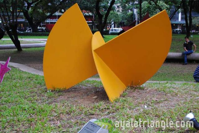 Homage to Luis Feito - Ayala Triangle Gardens